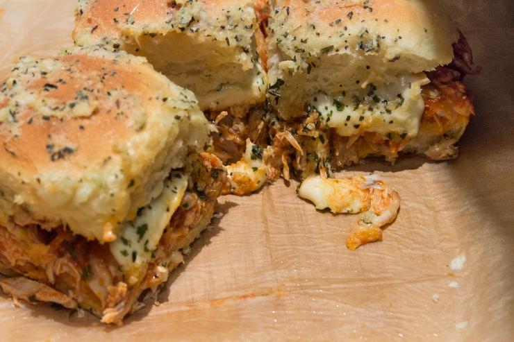 Mini-Burger: Chicken-Parmesan