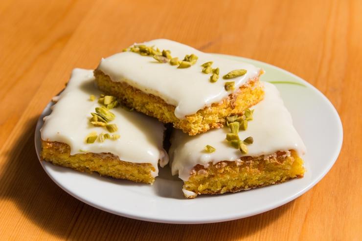 Mohrenkuchen Mit Frischkase Zitronen Frosting Erdbeerkonigreich