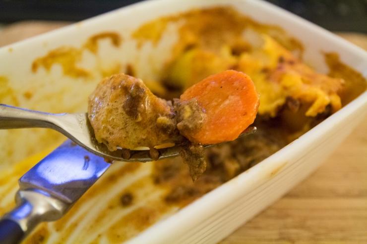 Auflauf mit Kartoffeln und Rinderhack