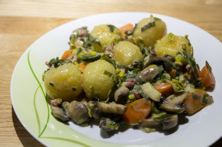 Kloß-Gemüse-Pfanne