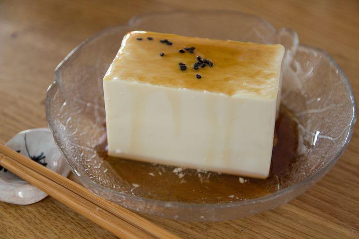 gekühlter, süßer Tofu